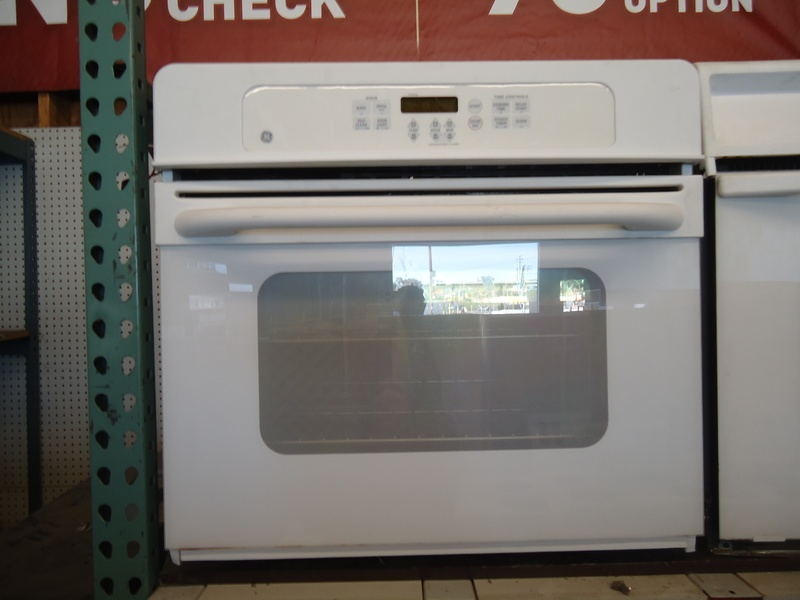 """30"""" white newer elect. wall oven"""