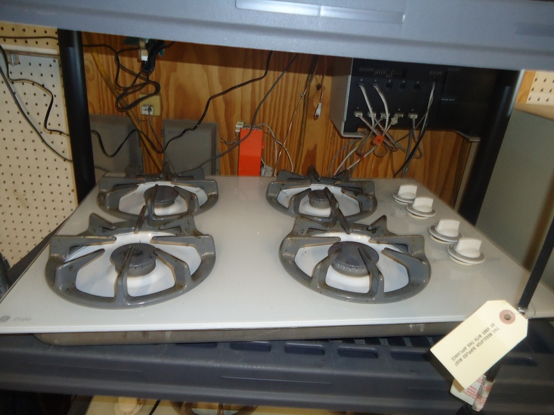 "30"" white ge gas cooktop"
